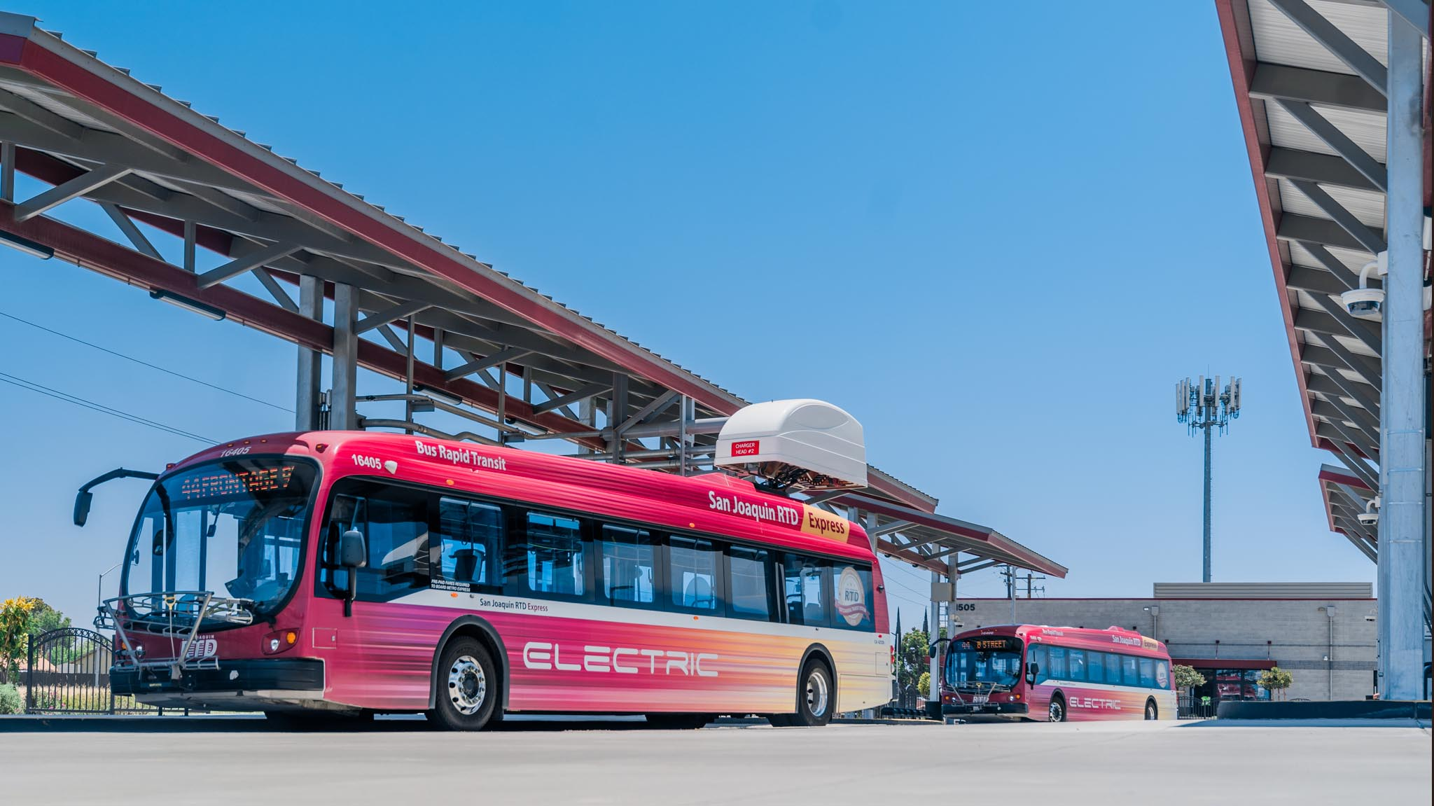 Image of electric express buses at the union transfer station.